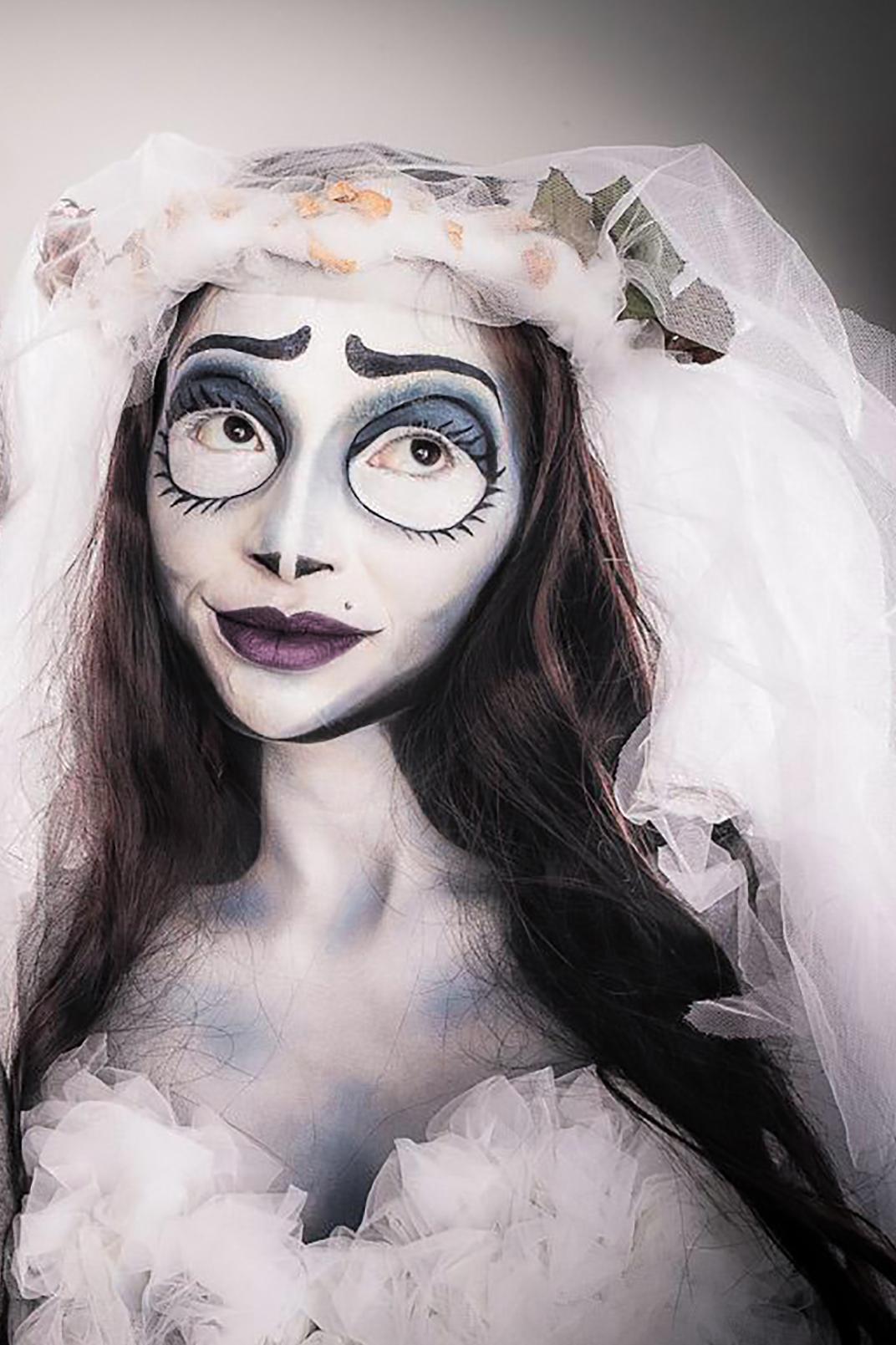 Corpse Bride Cosplay, Facepainting, wedding veil