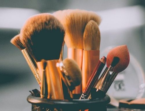 Igiene e detersione dei pennelli trucco